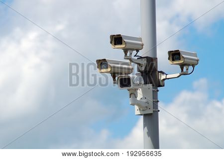 security system camera video surveillance protection technology