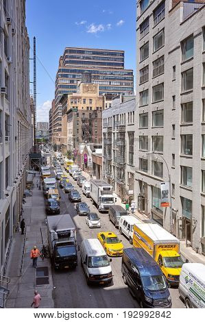 New York, Usa - June 02, 2017: Rush Hour On West 26Th Street In New York City.