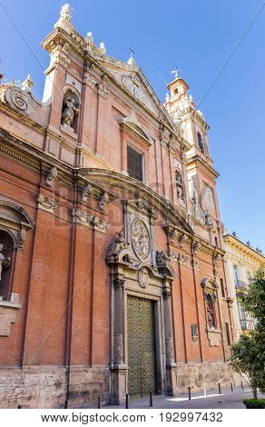 Facade Of The Santo Tomas Church In Valencia