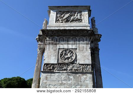 A Close Up Look At The East Side Of The Arch Of Constantine