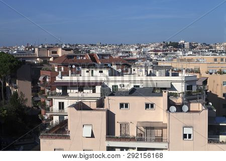 Looking Out At The Residential Homes In Rome Italy