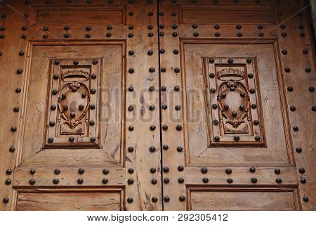 Florence, Italy - September 13, 2018: This Is A Fragment Of The Doors With The Emblems Of The Medici