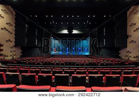 Bendigo, Australia - October 28, 2018: The Ulumbarra Theatre Is Situated In The Former Sandhurst Gao