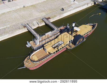 Ship In Orleans, Loiret, Centre-val De Loire, France