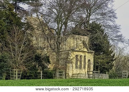 Stowe, Buckinghamshire, Uk - March 28: Ruined Temple Of Friendship On Hawkwell Field On March 28, 20
