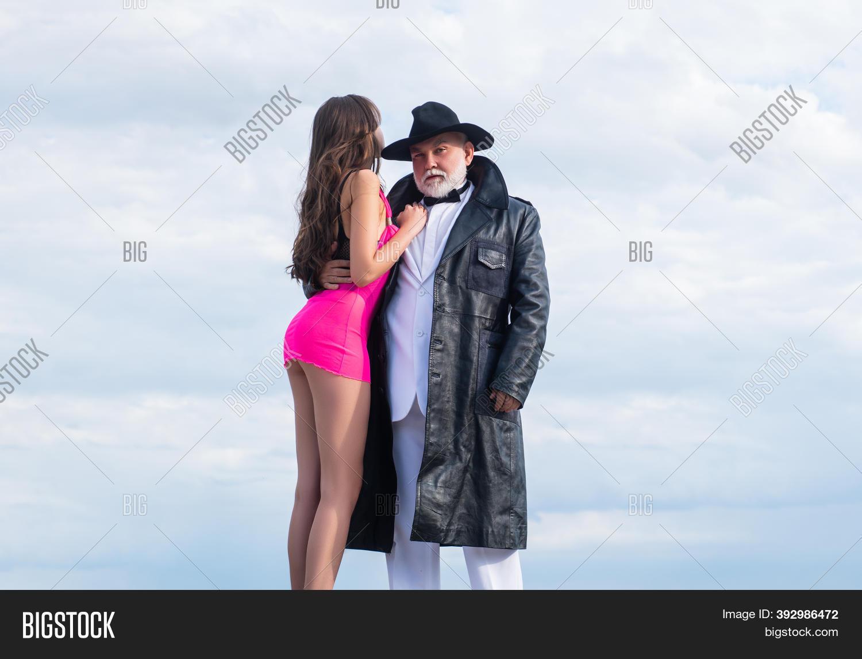 Dating sexy senior Online Dating