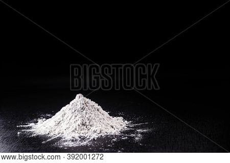 Kaolin Is A Mineral Of Inorganic Constitution, Chemically Inert, Extracted From Deposits And Process