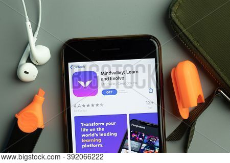 New York, Usa - 26 October 2020: Mindvalley Learn And Evolve Mobile App Icon Logo On Phone Screen Cl
