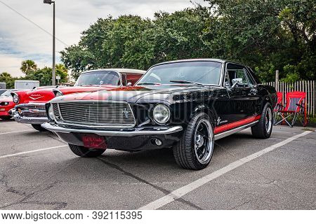 Tybee Island, Ga - October 3, 2020: 1967 Ford Mustang Hardtop Coupe At A Local Car Show.