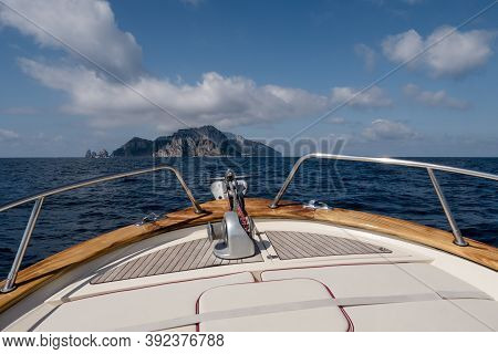 Bow Of A Boat Headed For Capri Island, The Prow Of A Yacht On The Sorrentine Coast In Italy