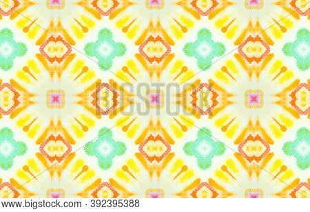 Seamless Aquarelle Pattern. Watercolor Painted Mosaic Design. Colorful And White Color. Tie Dye Bohe