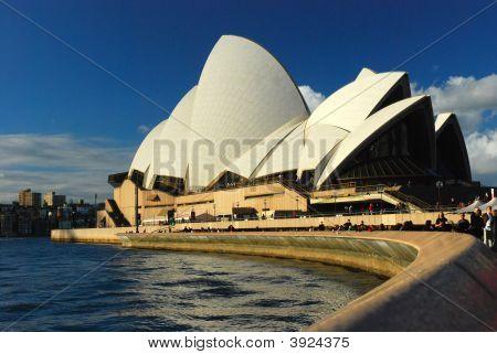 Sydeney Opera House Curve