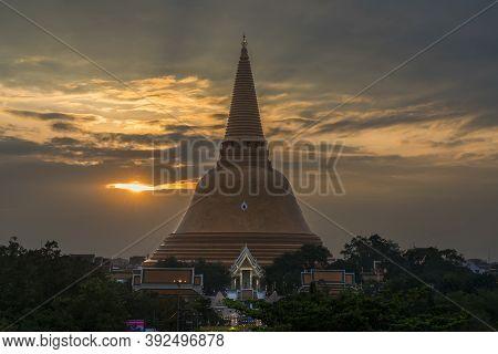 Phra Pathommachedi Stupa Located In The Wat Phra Pathommachedi Ratcha Wora Maha Wihan In Twilight, N