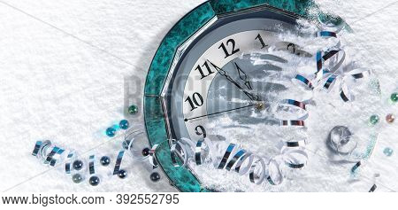 Large Wall Clock. New Year Holiday. Five Minutes To The Holiday. Joyful Event. It\'s Five Minutes To