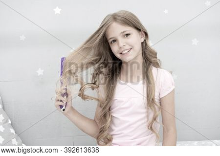 Child Curly Hairstyle Hold Hairbrush Or Comb. Comb Hair Before Go To Sleep. Hairdressing Habits Conc