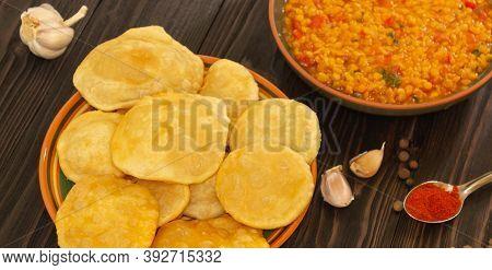 Puri Bhaji Or Poori Masala,aloo Sabzi,aloo Curry,fry Bread Indian Food
