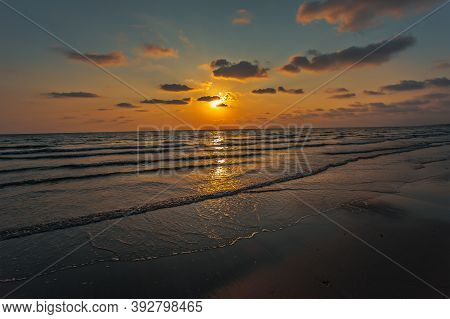 Sunset. Beautiful Sunset Baltic Sea. Painting Sea Sunset. The Sea At Sunset. Amazing Sea Sunset. Sun