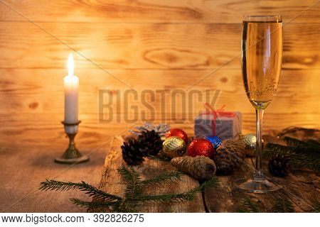A Glass Of Champagne.bubbly. A Goblet Of Sparkling Wine. A Blur Background. A Wineglass Of Fizz. Chr
