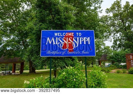 Mississippi, United States: July 3, 2019: Welcome To Mississippi Road Sign