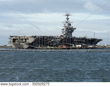 Norfolk, Usa - June 9, 2019: The Aircraft Carrier Uss John C. Stennis Docked At The Norfolk Naval Ba