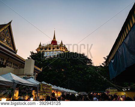 Bangkok/thailand-10 Nov 2019:crowd Of Unacquainted People Walking In Wat Saket Temple In Loi Krathon