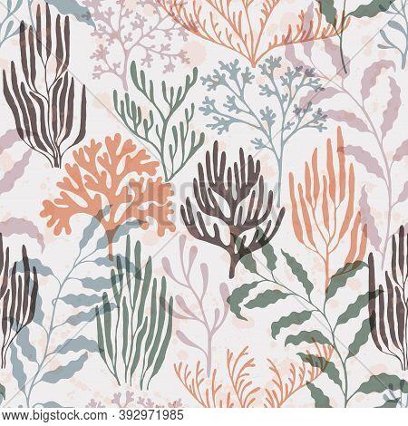 Coral Reef Seamless Pattern. Kelp Laminaria Seaweed Algae Background. Sea Reef Nature Pattern. Red S