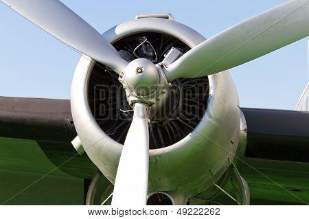 Propeller Engine