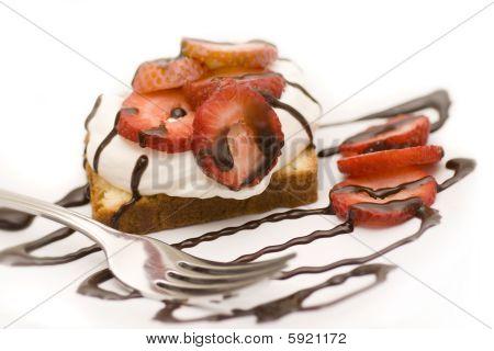 Pound Cake Strawberries dessert with chocolate