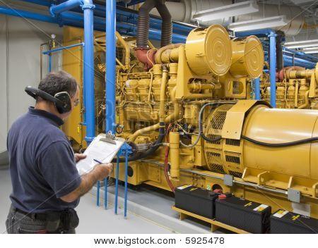 Maintenance contractor