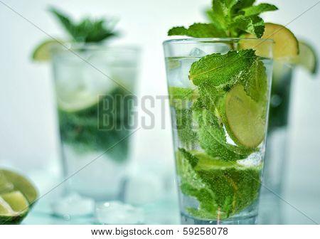 mojito cocktail fresh