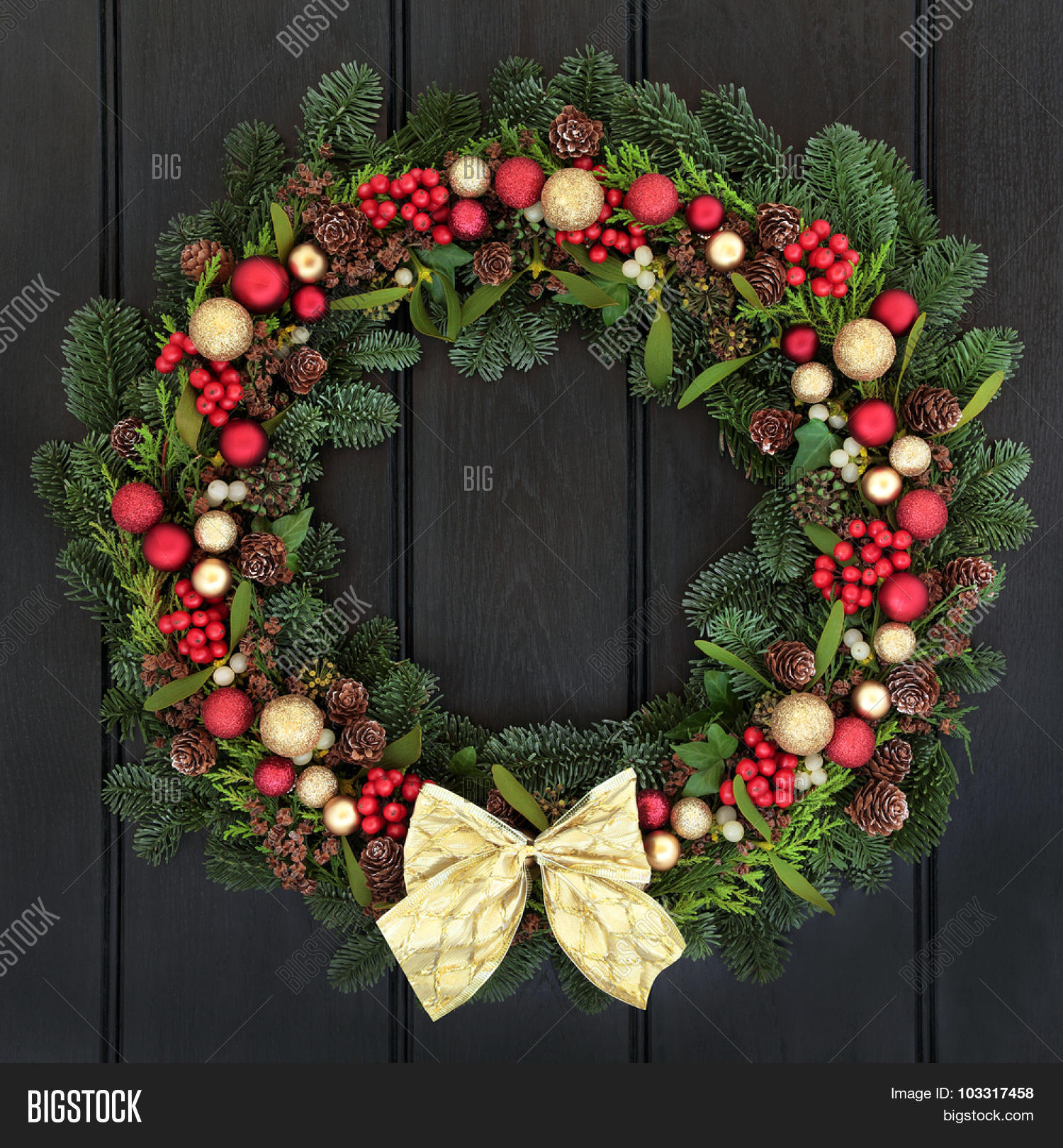 Christmas Wreath Red Image & Photo (Free Trial) | Bigstock