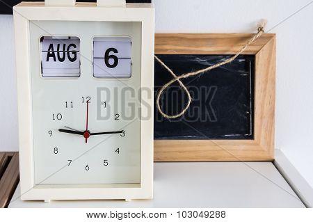 Decoration Room Clock