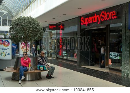 Shoppers Shopping In Chelmsford England
