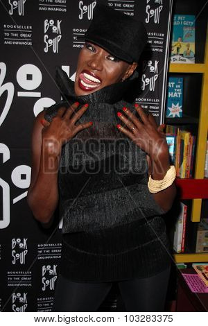 LOS ANGELES - SEP 29:  Grace Jones at the Grace Jones signs 'I'll Never Write My Memoirs' at the Book Soup on September 29, 2015 in West Hollywood, CA