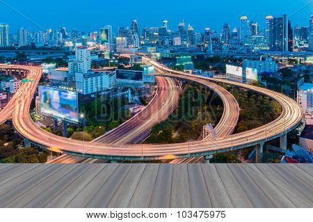 Opeing wooden floor, Bangkok Expressway and Highway