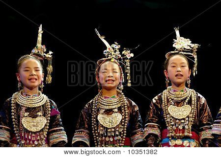 The Famous Chinese Miao ethnic Music : the Great Song Of The Dong