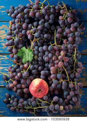 Dark Grapes And Apples