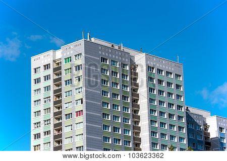 Precast apartment buildings