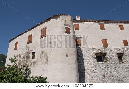 Bakar Castle