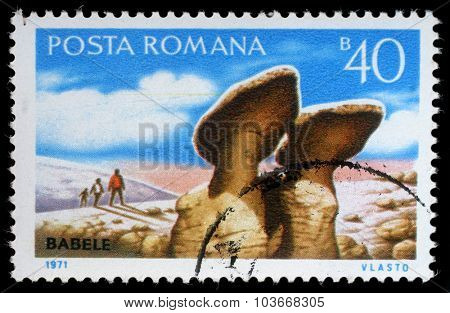 ROMANIA - CIRCA 1971: a stamp printed in Romania shows Babele (Natural rock sculpture), circa 1971.