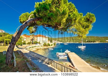 Island Of Vis Seafront Walkway View