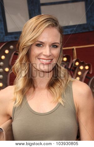 LOS ANGELES - OCT 4:  Lauren Shaw at the