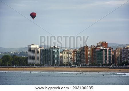 Photo of a landscape with ballon and sunlight