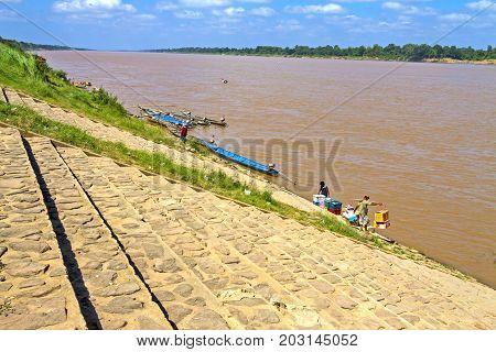 Mekong Rive and transport at Khemarat DistrictUbon Ratchathani Province Thailand