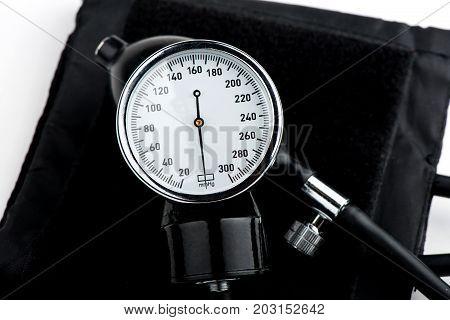 close-up tonometer, tonometer and stethoscope, pressure measurement