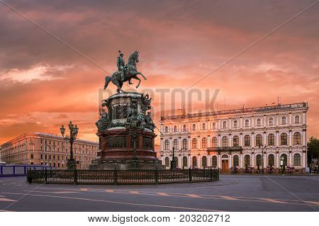 St. Isaac's Square in St. Petersburg in the morningMonument to Nicholas 1 on St. Isaac's Square in St. Petersburg in the morning