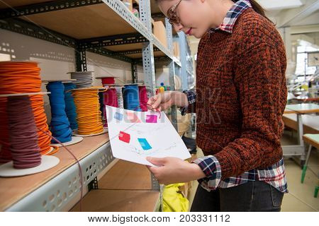 Clothing Sewing Woman Choosing Red Color Rope