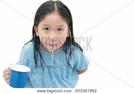 Asian Cute Girl To Rinse Your Mouth After Brushing Teeth
