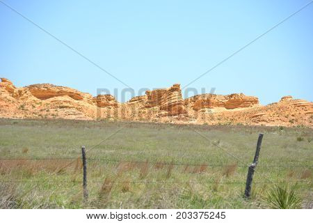 natural chalk and calcium formations in kansas