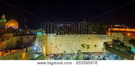 Night Scene Of The Western Wall